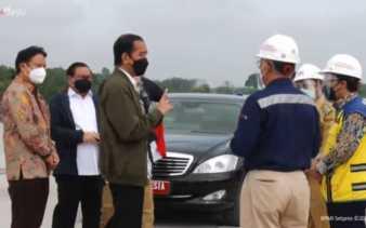 Tiba di Pekanbaru, Jokowi Tinjau Pembangunan TOL Pekanbaru-Padang